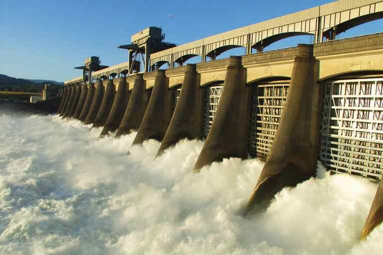 River water 'spills' through Bonneville Dam spillways.