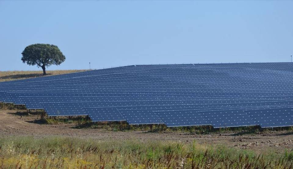 A solar installation in Portugal by Neoen.